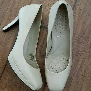 Rockport adiprene heels